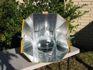 what is a solar oven
